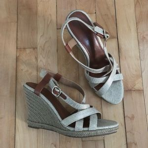 ❤️ Banana Republic Espadrille Wedge Size 8.5
